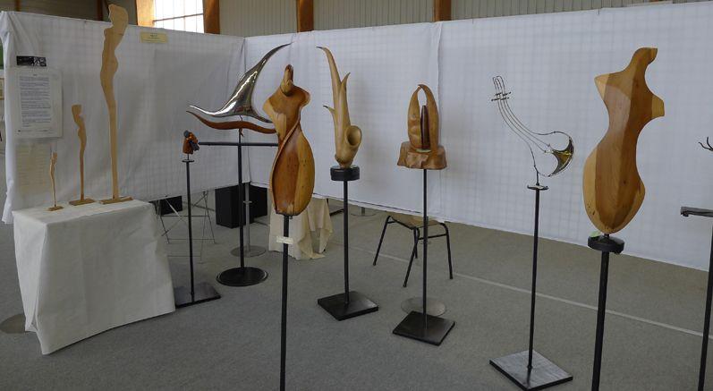 NELO/ sculpture bois, acier